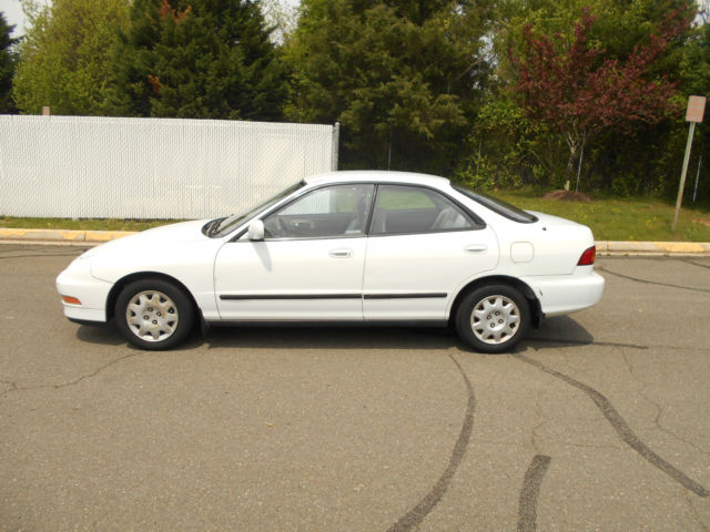 1994 Acura Integra LS Sedan 4-Door
