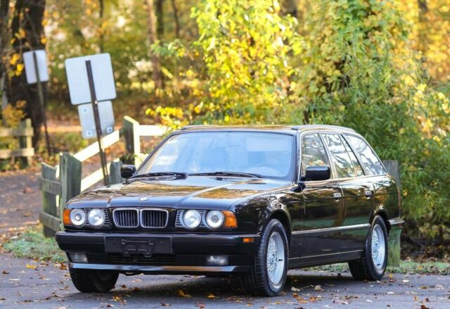 1994 Black BMW 5-Series Wagon with Tan interior