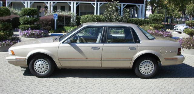 1994 Buick Century Special Sedan 4