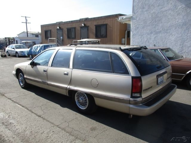 1994 Gold Chevrolet Caprice Station Wagon (STD is Estimated) Wagon with Tan interior