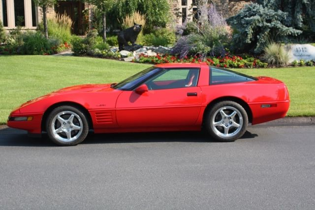 19940000 Chevrolet Corvette 2dr Coupe Ha