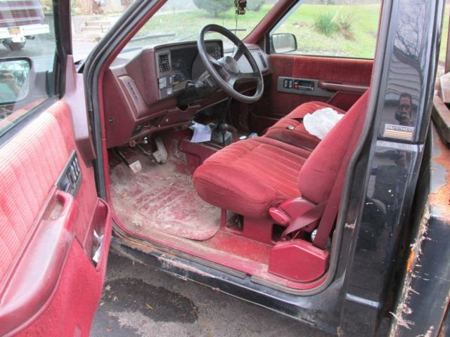 1994 Black Chevrolet C/K Pickup 3500 Standard Cab Pickup with Red interior