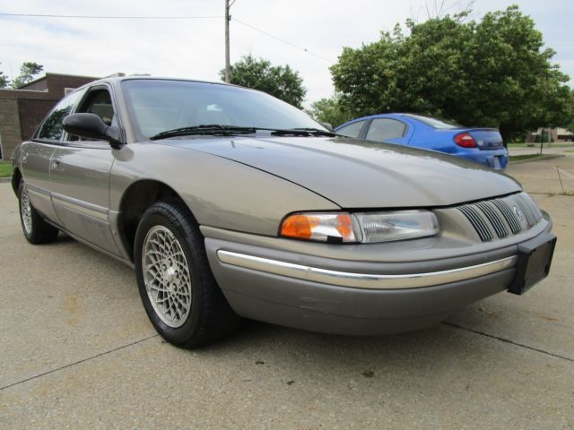 1994 Chrysler Concorde NO RESERVE AUCTION - LAST HIGHEST BIDDER WINS CAR!