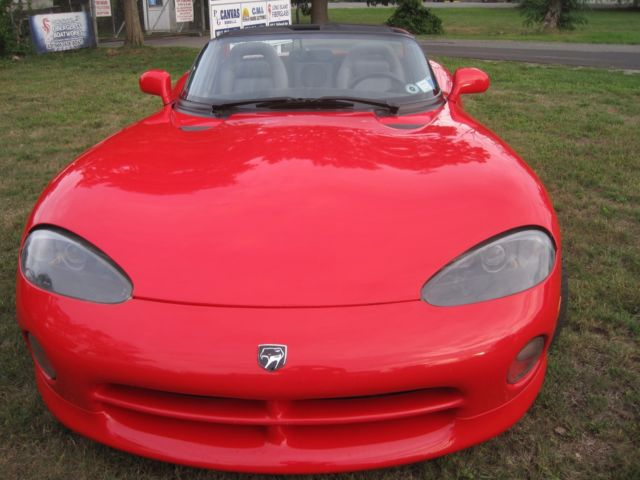1994 Dodge Viper R T 10 red A C New Tires $19k Reserve for