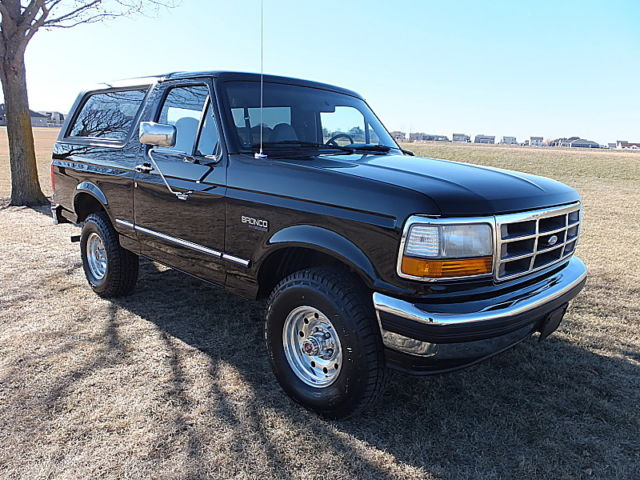 1994 Ford Bronco RUST FREE