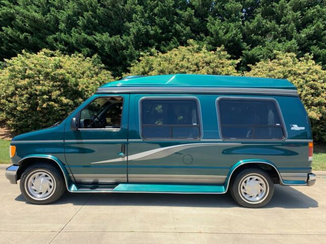 1994 Green Ford E-Series Van Van Camper with Gray interior