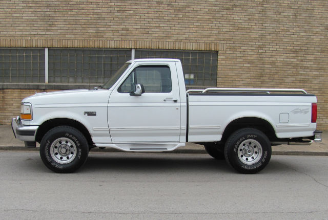 1994 ford f 150 xlt short bed 4x4 pickup 98k miles for sale photos technical specifications. Black Bedroom Furniture Sets. Home Design Ideas
