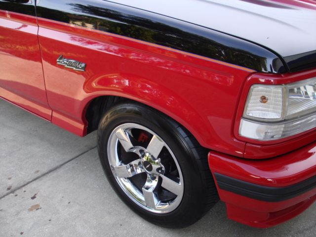 1994 ford f150 f 150 svt lightning 5 8 351w for sale for Ford f150 paint job cost