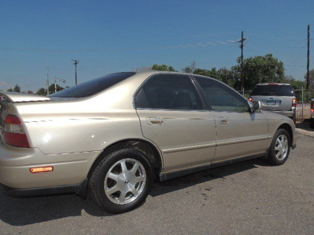 1994 honda accord ex w leather 154152 miles gold automatic for sale photos technical. Black Bedroom Furniture Sets. Home Design Ideas
