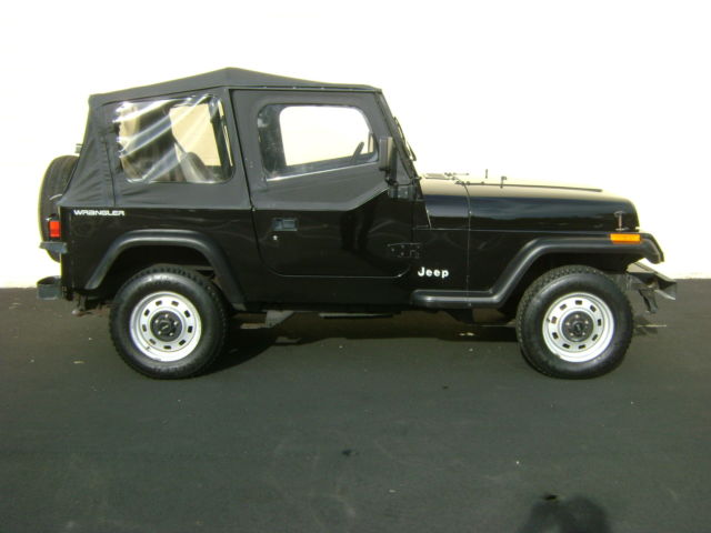 19940000 Jeep Wrangler S 2dr