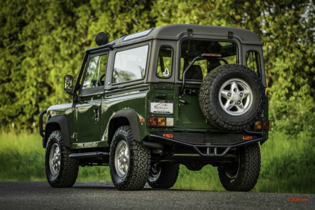 Used Land Rovers >> 1994 Land Rover Defender 90 D90 NAS Fiberglass factory top AC low miles for sale: photos ...