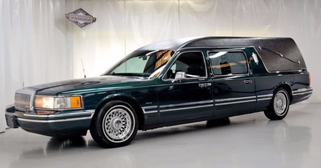 1994 Lincoln Town Car S&S Coach Hearse