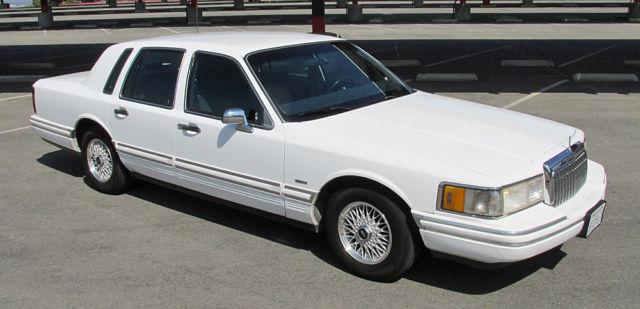 1994 Lincoln Town Car Executive Prevnext