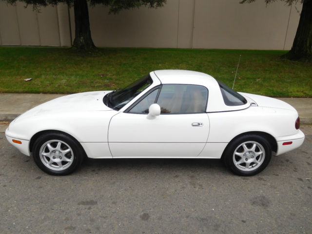 1994 mazda miata mx 5 white 5 speed clean for sale photos technical specifications description. Black Bedroom Furniture Sets. Home Design Ideas