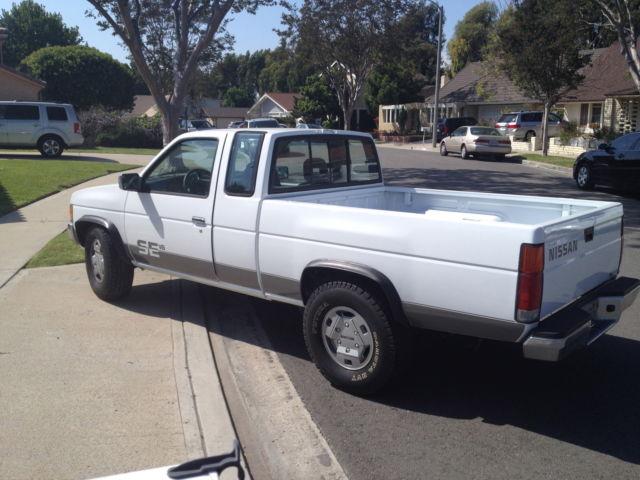 1994 Nissan D 21 Hardbody Pickup Truck Heavy Duty 3 0 V6