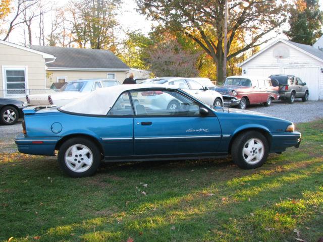 1994 Pontiac Sunbird Le Convertible 2 Door 0l