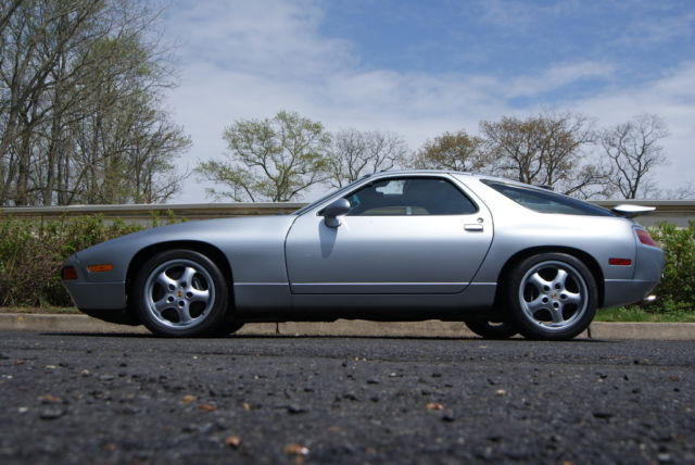 1994 Porsche 928 GTS Coupe 2-Door