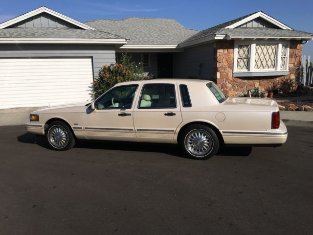 1995 Lincoln Town Car Cartier Low Mileage And Pristine For Sale