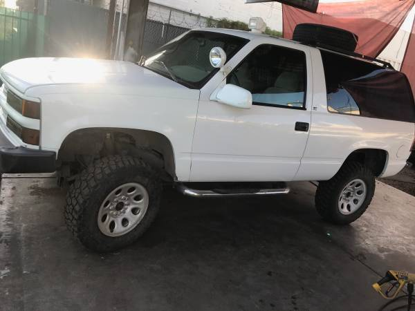 1996 chevy 2 door 4x4 lifted tahoe runs and drives amazing for sale photos technical specifications description topclassiccarsforsale com
