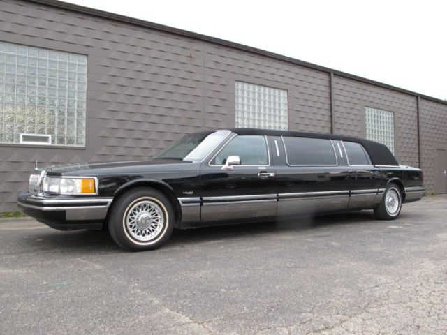 1999 Lincoln Town Car Private Limousine Only 28 300 Miles Excellent