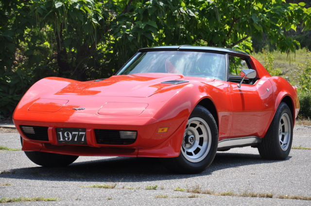 1977 Chevrolet Corvette Corvette Hard Top 2 Door Coupe