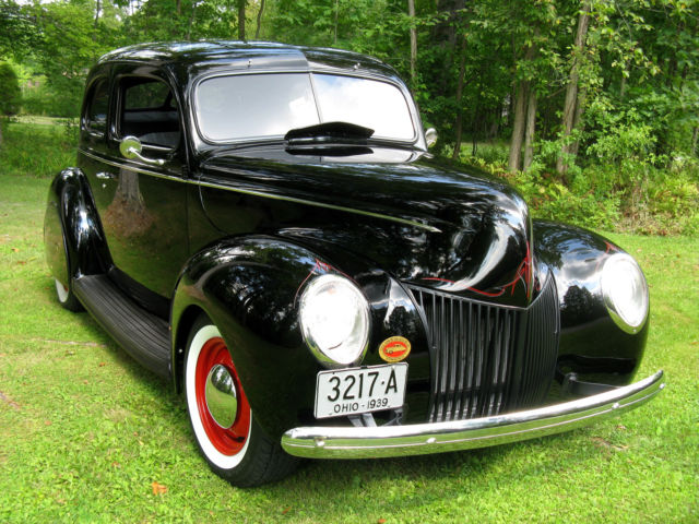 1939 Ford Other 2-DOOR SEDAN