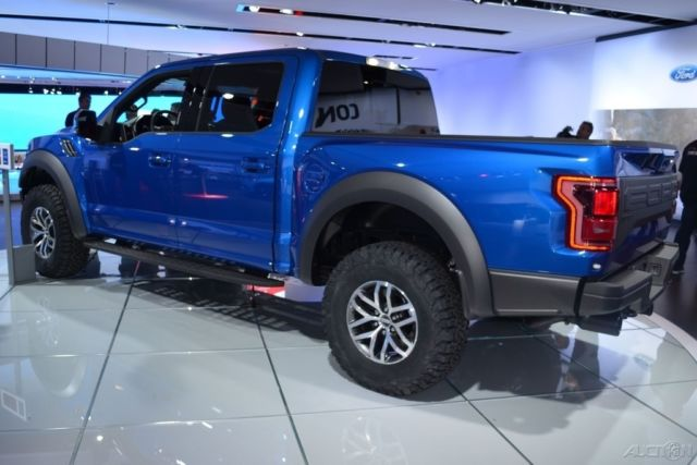 2017 ford f 150 raptor crew cab lightning blue 17 for sale photos technical specifications. Black Bedroom Furniture Sets. Home Design Ideas
