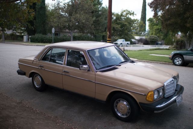 240d mercedes manual transmission low miles for sale for Mercedes benz manual transmission
