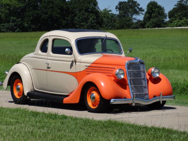 1935 Ford 3-WINDOW RUMBLE SEAT COUPE STREET ROD