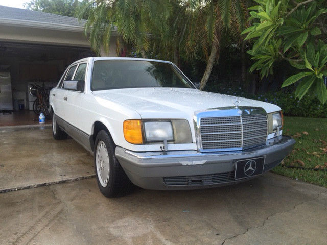1987 Mercedes-Benz 300-Series