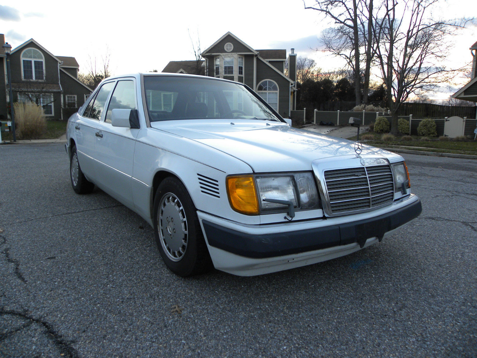 1983 Mercedes-Benz 300-Series Turbodiesel