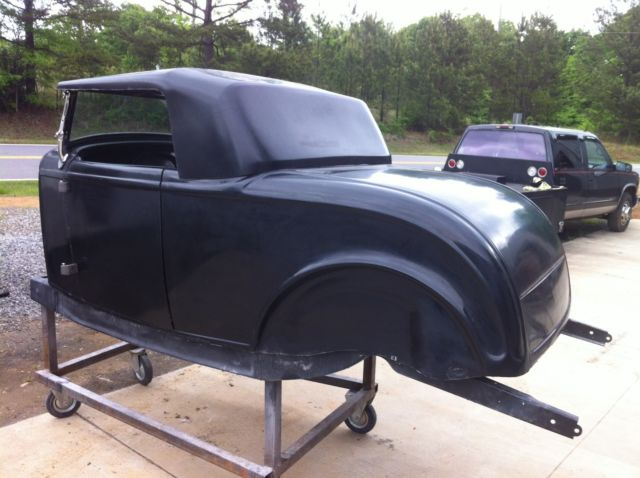 32 1932 Ford Roadster body with windshield and top deuce hot