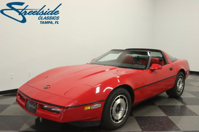 1984 Chevrolet Corvette Base Hatchback 2-Door