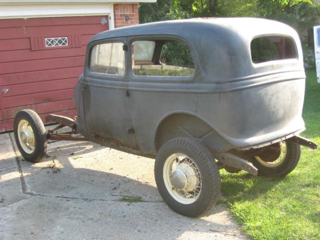 34 ford tudor sedan 1934 2 door by detroit mich 1933 33 for 1934 ford door