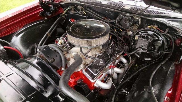 350 motor 700 r4 tranny 12 bolt posi alum intake edelbrock carb for