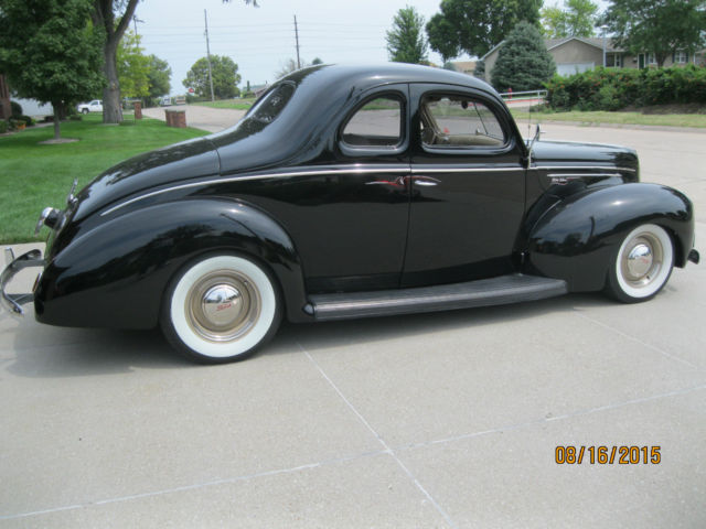 1939 Ford Deluxe Coupe Coupe