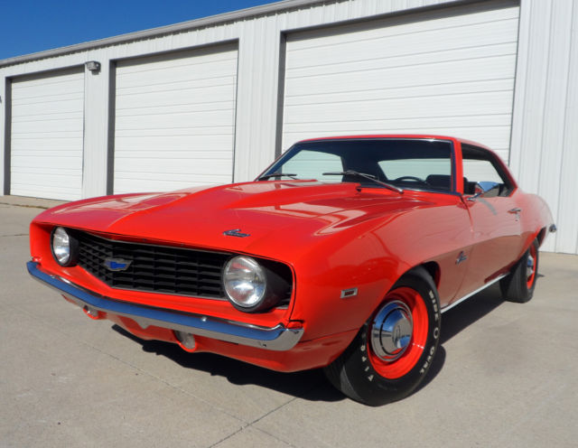1969 Chevrolet Camaro COPO RECREATION 427 BIG BLOCK