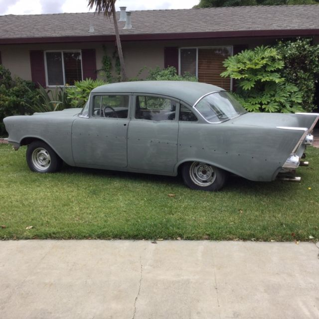1957 Chevrolet Bel Air/150/210 4 door sedan