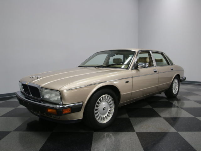 1994 Jaguar XJ12 Base Sedan 4-Door