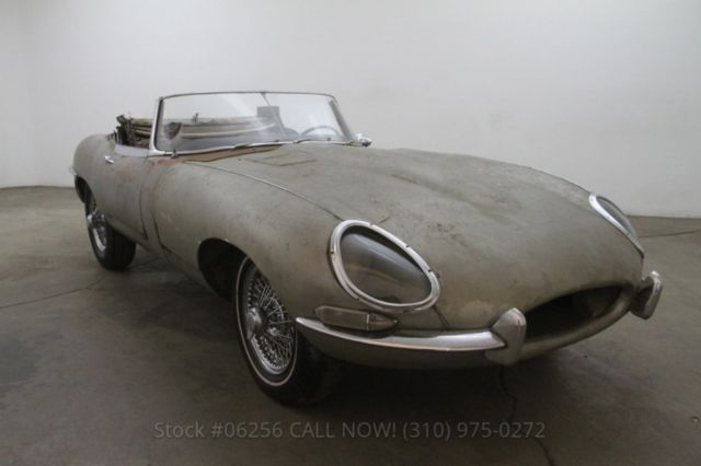 1967 Jaguar XK Roadster
