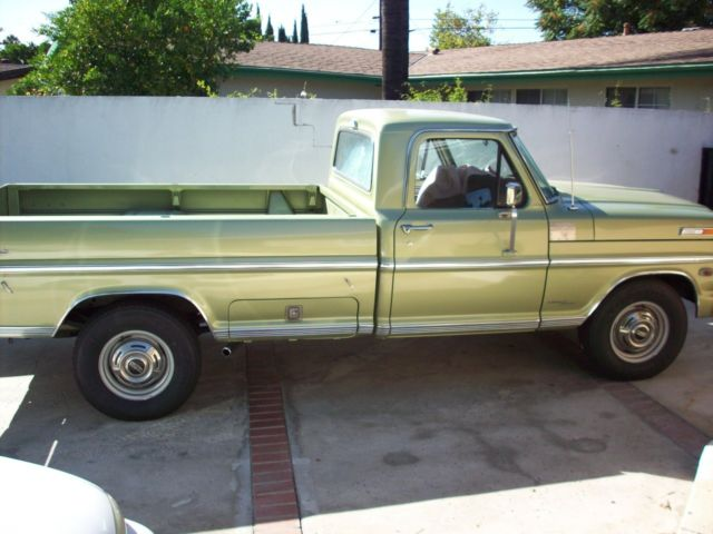 1969 Ford F-250 3/4 ton pick up