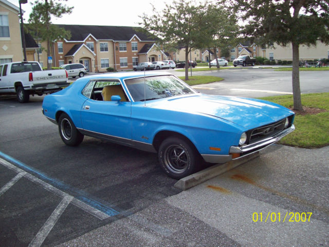 1972 Ford Mustang standard