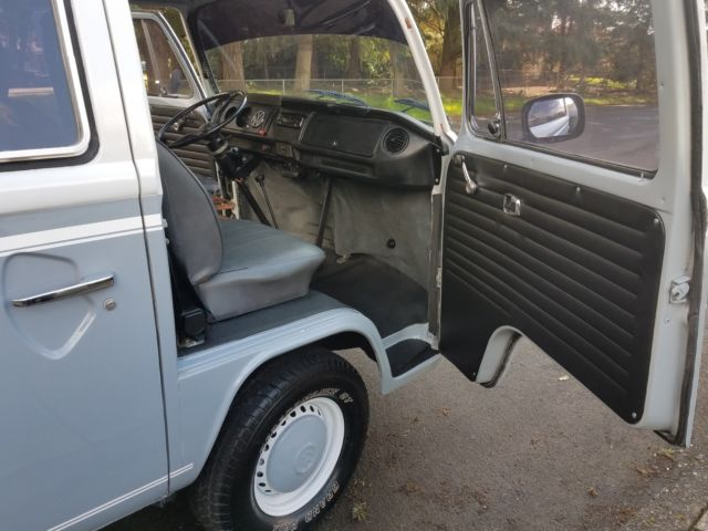 1973 Gray Volkswagen Bus/Vanagon RESTORED SUPER NICE CAMP-MOBILE Van Camper with Gray interior