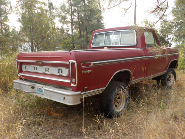 74 Ford F100 Shortbox Truck 390 engine with 4 speed manual
