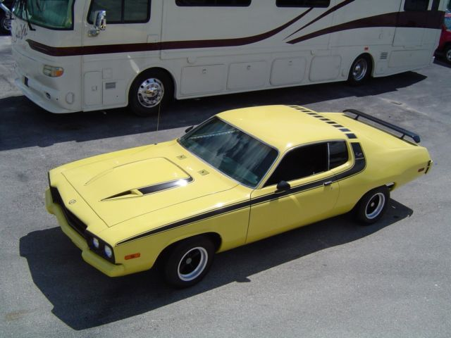 74 Roadrunner florida classic bird sharp Plymouth interior