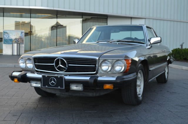 1976 Mercedes-Benz SL-Class Pampered Gem - Great Color Combo - Low Miles