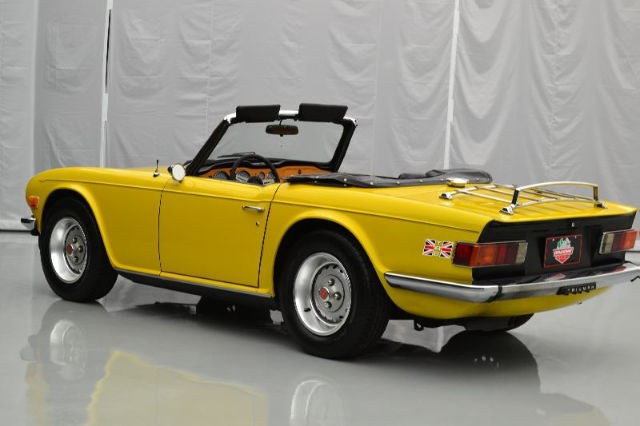 76 triumph tr6 2 5liter 2498cc 6 cylinder manual 4 spd overdrive inca yellow for sale photos. Black Bedroom Furniture Sets. Home Design Ideas