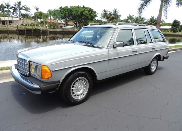 1984 Mercedes-Benz 300-Series WAGON*DIESEL