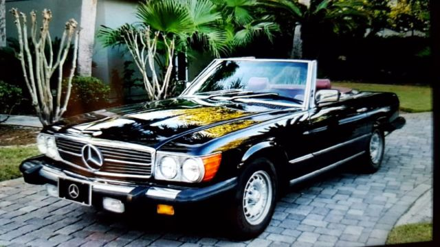 1985 Mercedes-Benz SL-Class 380SL Convertible 2-Tops Low Miles! Classic Luxury