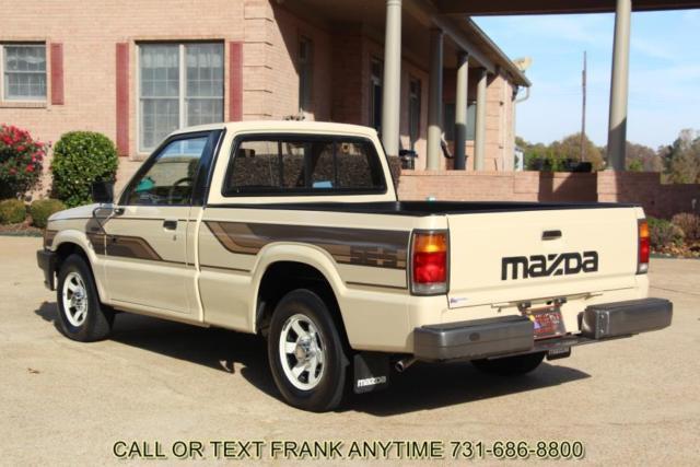 86 mazda b2000 se5 1 owner 81k miles show truck 5 speed man 4 cylinder shipping for sale photos. Black Bedroom Furniture Sets. Home Design Ideas
